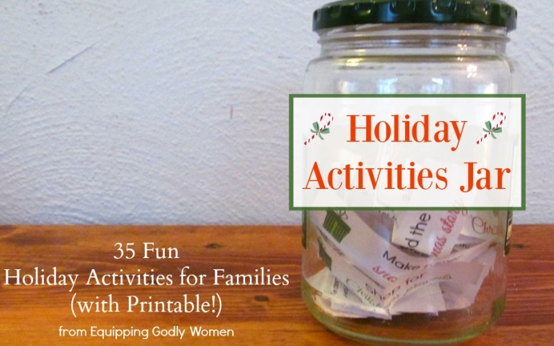 Make fun with the family a priority this busy holiday season with this adorable Holiday Activities Jar (and free printable!)