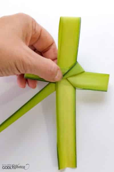Making-a-Palm-Cross-Instructions-8